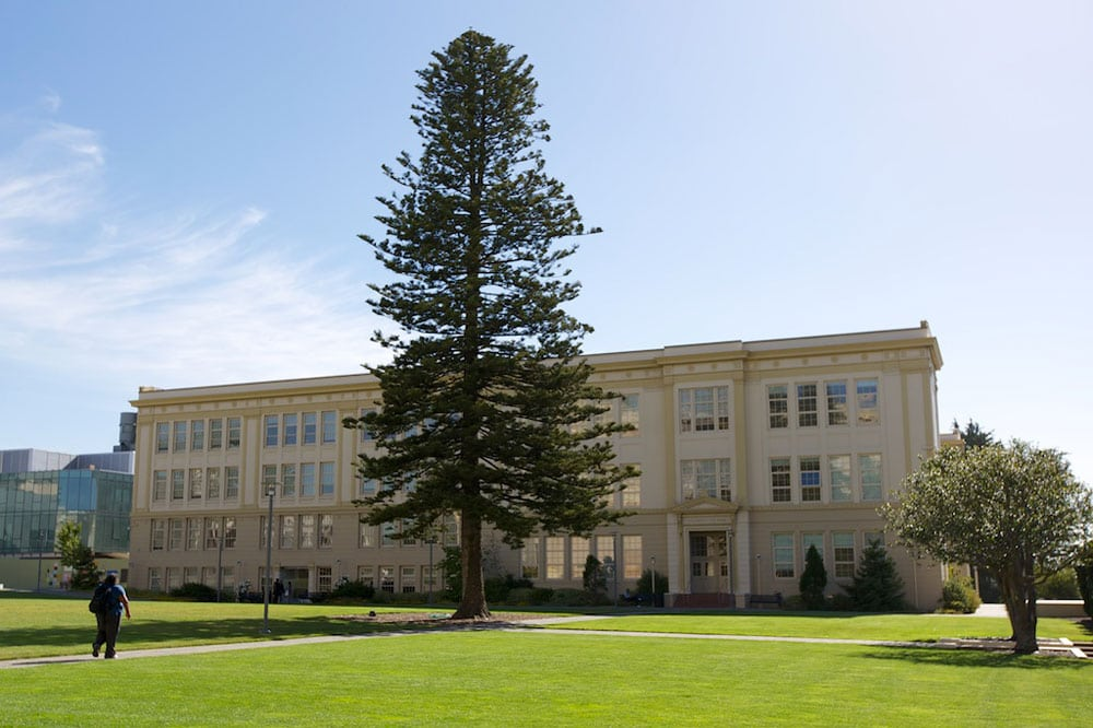 university-of-san-francisco-exterior-3